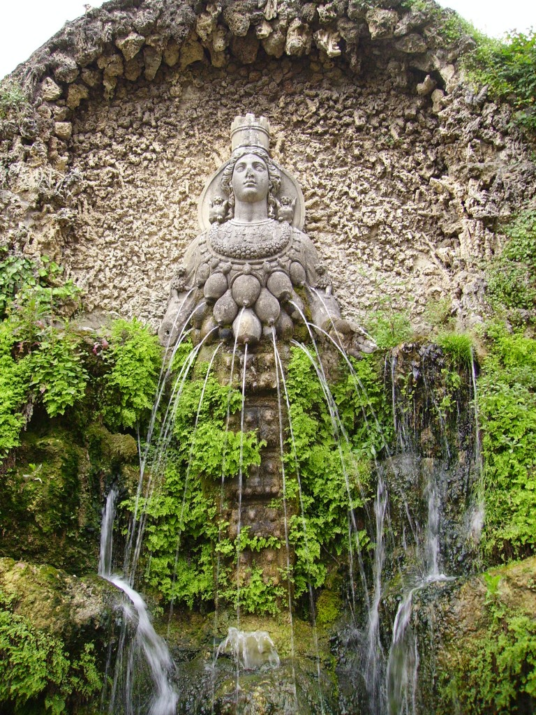 Fountain of Diana, Tivoli Gardens, Villa D'Este, Rome, Italy | Tour Italy Now